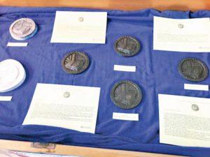 Dalla carta al metallo: genesi di una medaglia d'arte