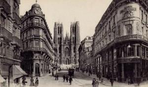 Bruxelles primi anni del 1900, sullo sfondo la cattedrale dei santi Michele e Gudula, cartolina postale