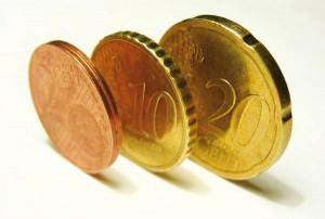 Contorno delle monete da 2, 10, 20 cent di euro (da www.fleur-de-coin.com)