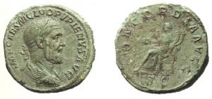 Sesterzio di 22,55 grammi coniato a Roma tra l'aprile ed il luglio del 238