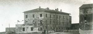 Il palazzo dei Principi di Piombino, demolito a fine anni Cinquanta.
